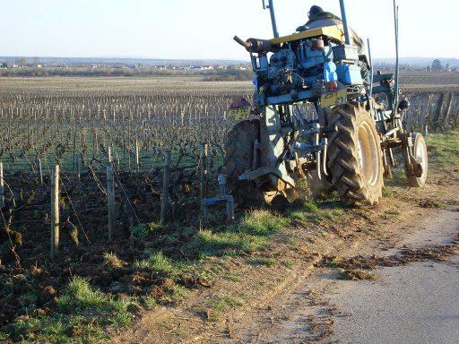 Tracteur enjambeur