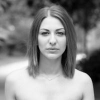 Particulier essai Photos retouchées en HD Séance de 30 à 45min tarifs particuliers: 35€ + 15€ par photo Make-up Artist et coiffeuse: 70€