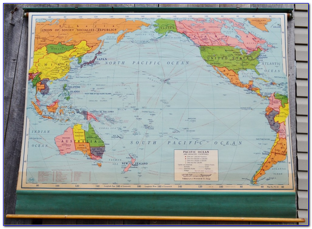 Pull Down Classroom Maps Vintage