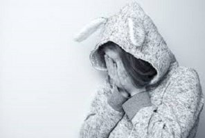 Una persona ansiosa può essere aiutata