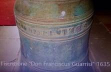 La campana del 1635 con l'iscrizione del nobile Don Franciscus Guarrisi.