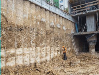 Piled retaining walls