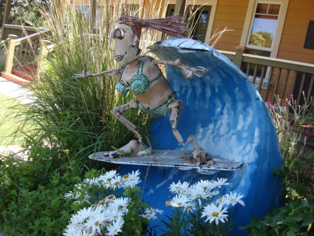 Patrick Amiot sculpture, Sebastopol, CA on July 7 2009 24