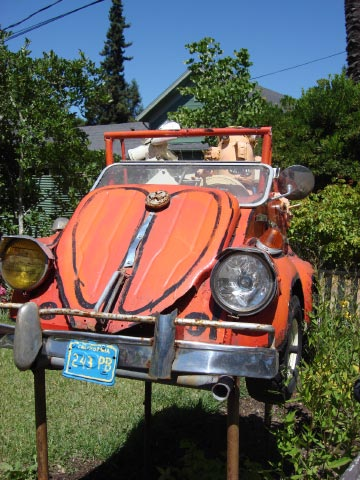 Patrick Amiot sculpture, Sebastopol, CA on July 7 2009 7