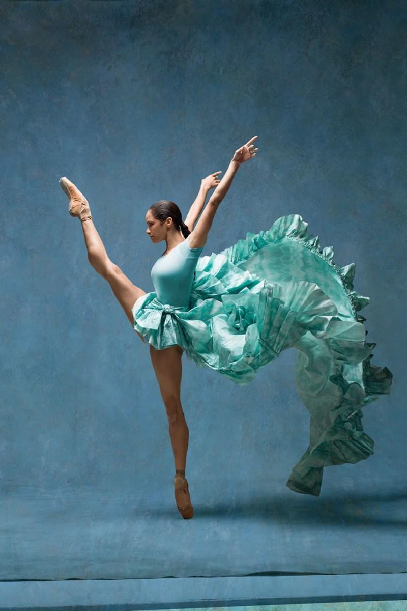 balerina-afroamerikanka vossozdaet znamenitye kartiny edgara dega_vinegret (2)