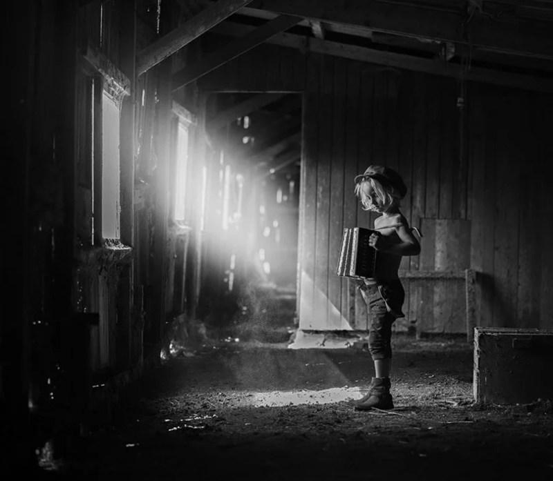 Black and White Child Photo Contest_vinegret (5)