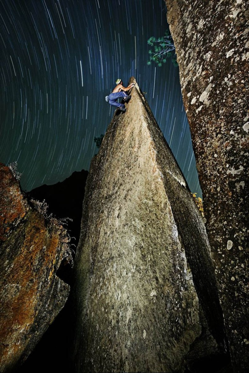 Exciting-extreme-footage-of-photo-contest-Red-Bull-Illume-vinegret (5)