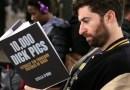 Американский комик провёл эксперимент, в ходе которого проверил реакцию пассажиров метро на обложки книг с провокационными названиями. (+Видео)