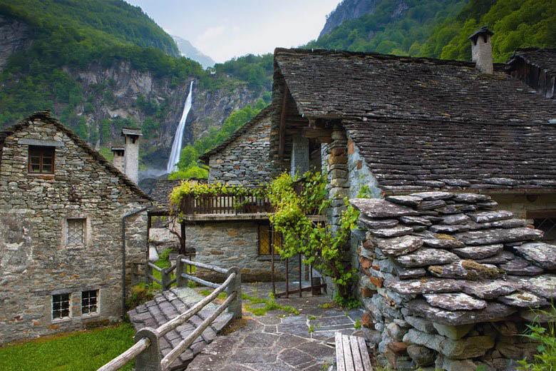 fairy-tale-villages-vinegret (6)