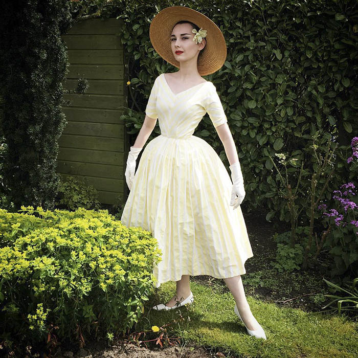 teen-recreates-classic-vintage-retro-look-bewitchedquills-annelies-maria-francine-vinegret-3