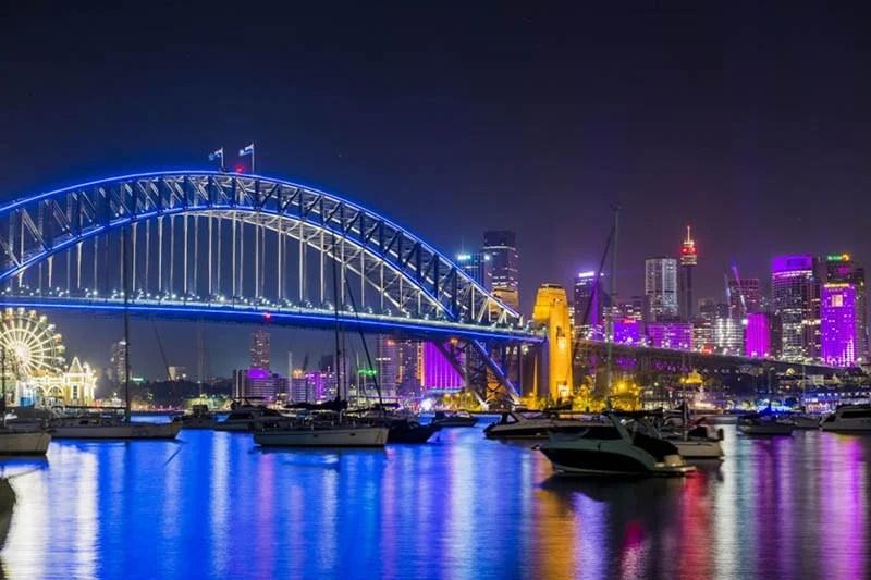 Festival-of-light-Sydney-Vivid-Sydney-vinegret (11)