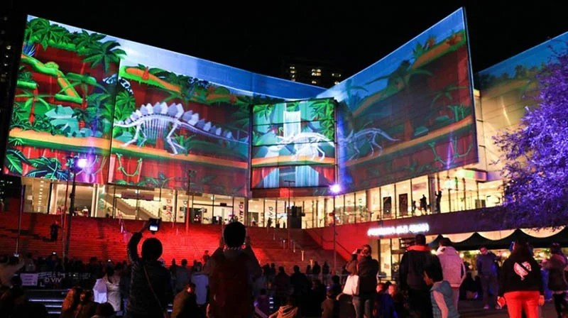 Festival-of-light-Sydney-Vivid-Sydney-vinegret (3)