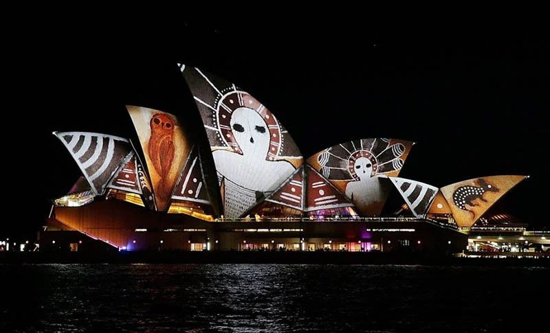 Festival-of-light-Sydney-Vivid-Sydney-vinegret (7)