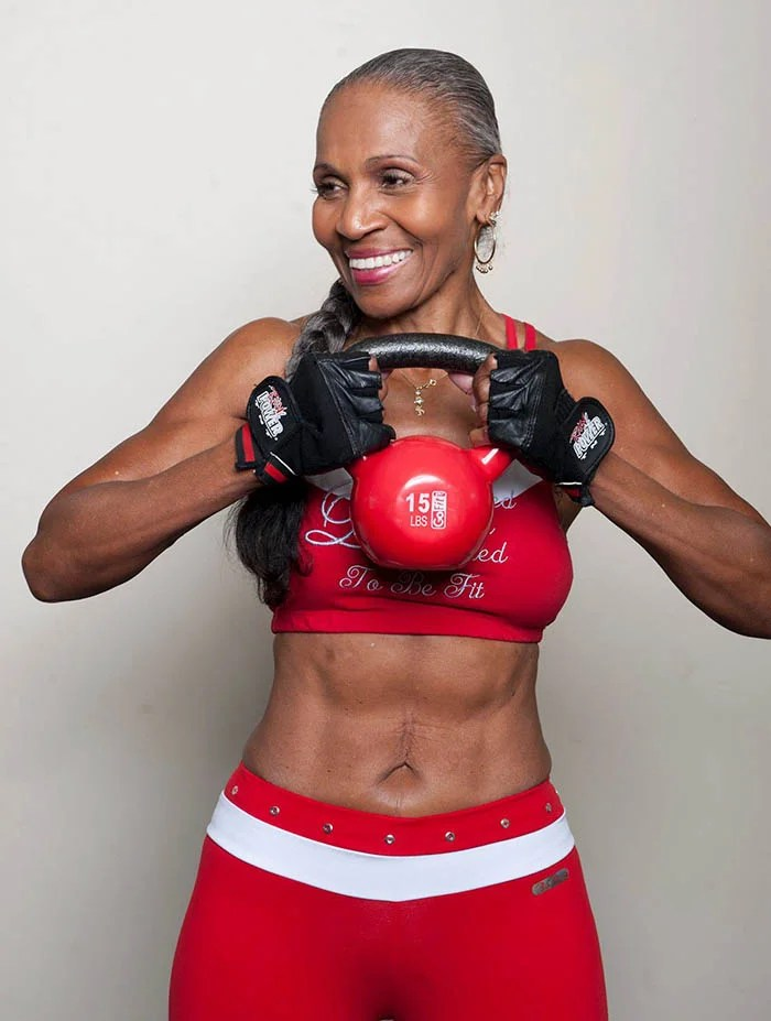 oldest-female-bodybuilder-grandma-80-year-old-ernestine-shepherd-vinegret (2)