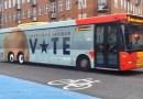Копенгаген троллит Трампа с помощью потешного автобуса.