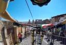 Видео: Поездка от первого лица на горном велосипеде по узким улочкам Таско.