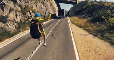 Видео: Новая реклама от Volvo — с парапланеристом, но без Ван Дамма.