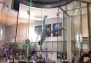 Потрясающий танец в аэродинамической трубе. [Видео]