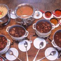 Sábado de feijoada: confira três lugares em Brasília com preço fixo e buffet à vontade