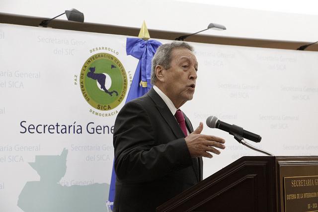 Nombran a Vinicio Cerezo como el nuevo Secretario General del SICA