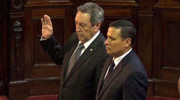 Vinicio Cerezo es juramentado como secretario general del SICA