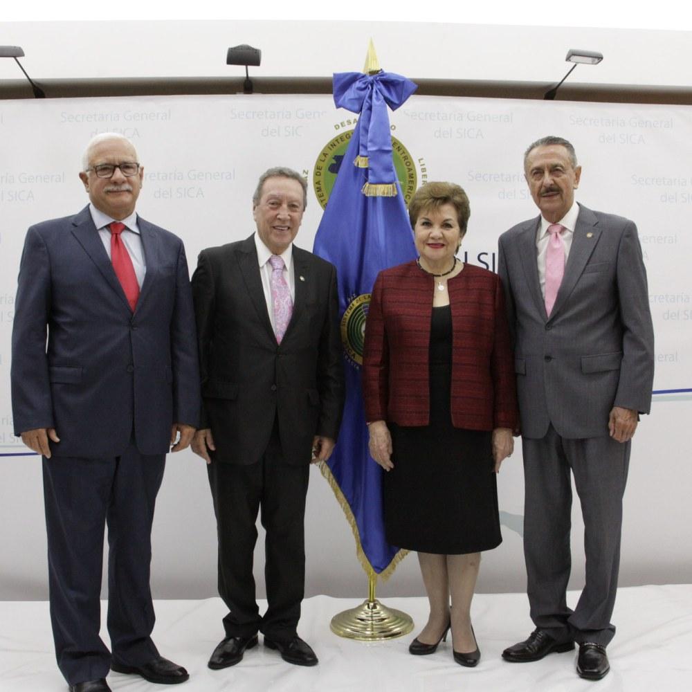 Vinicio Cerezo toma posesión como Secretario General del SICA