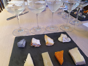 Cheese and sake image 1