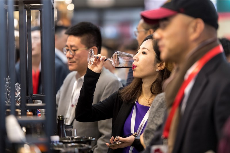 Chinese wine buyers at ProWine (pic: Prowine)