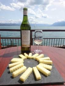 Vins et Fromages sur le lac
