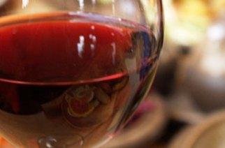 Vino rosso analcolico: un aiuto per l'ipertensione