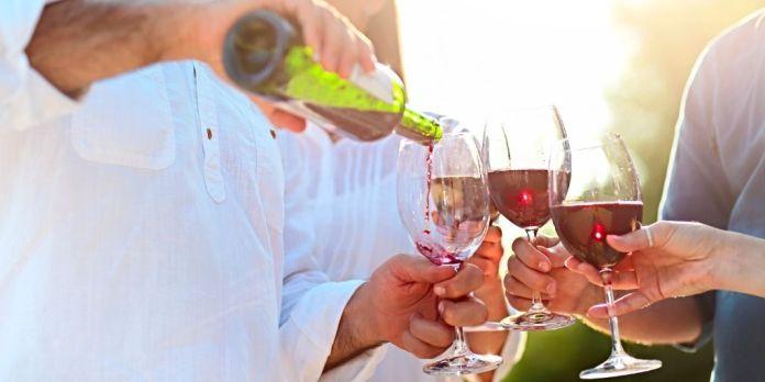 vino tinto en la salud flora intestinal