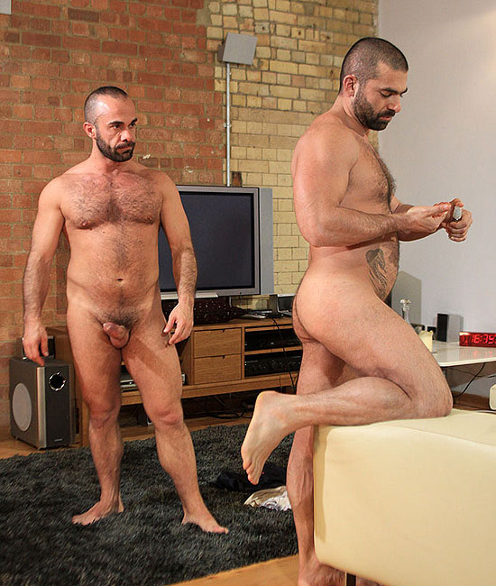Bruno Andrea fuck Albert Victor gay hot daddy dude men porn