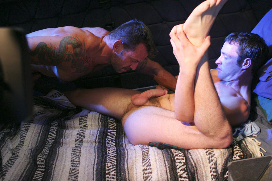 Gus Mattox fuck Colby Taylor gay hot daddy dude men porn Big Rig