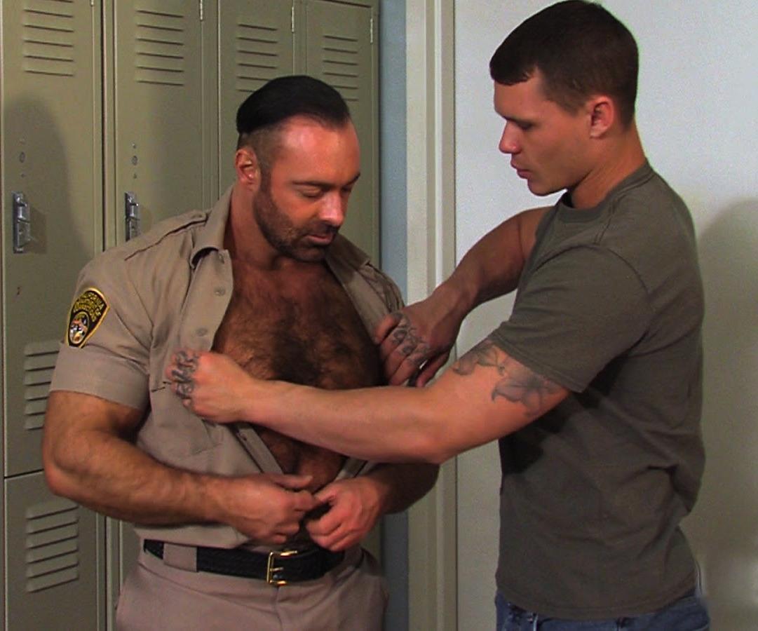 CHP locker room fuck gay hot daddy dude men porn