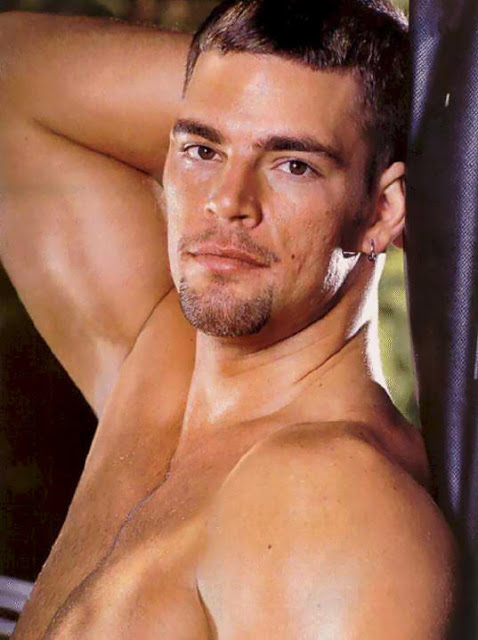 Derek Russo gay hot daddy dude men porn