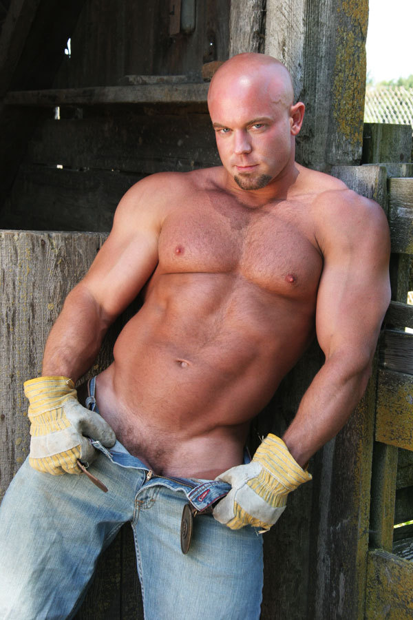 Luke Garrett gay hot daddy dude men porn