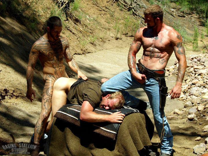 Logan McCree Ricky Sinz fuck Scott Tanner gay hot daddy dude men porn To The Last Man