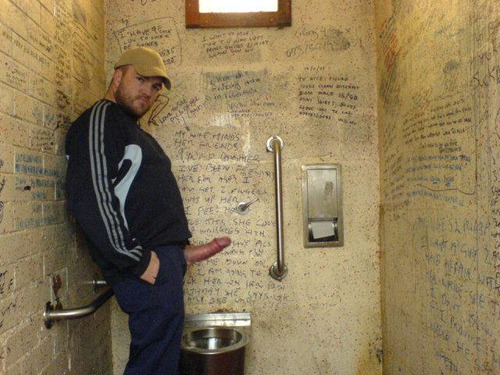 gay hot daddy dude men porn str8 cruising sexting public toilet