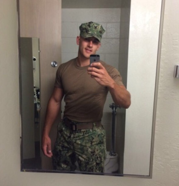 gay hot daddy dude men military porn str8 cruising sexting cock