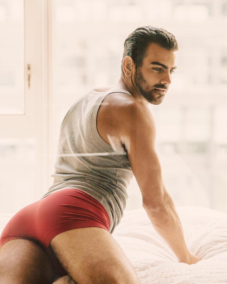 Nyle DiMarco gay hot daddy dude men model