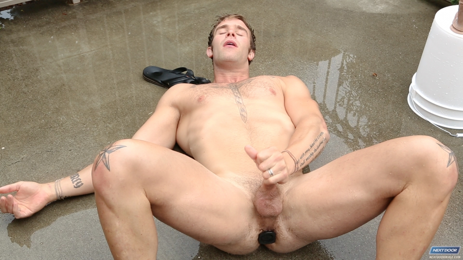 Christian Cayden gay hot dude men daddy porn