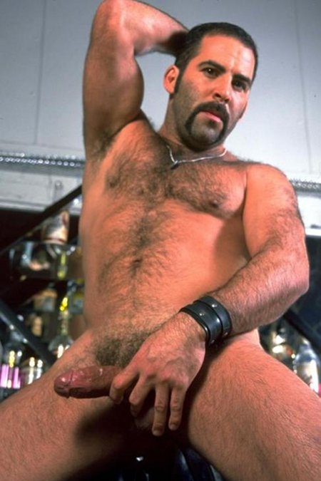 Hank Hightower gay hot daddy dude men bear porn