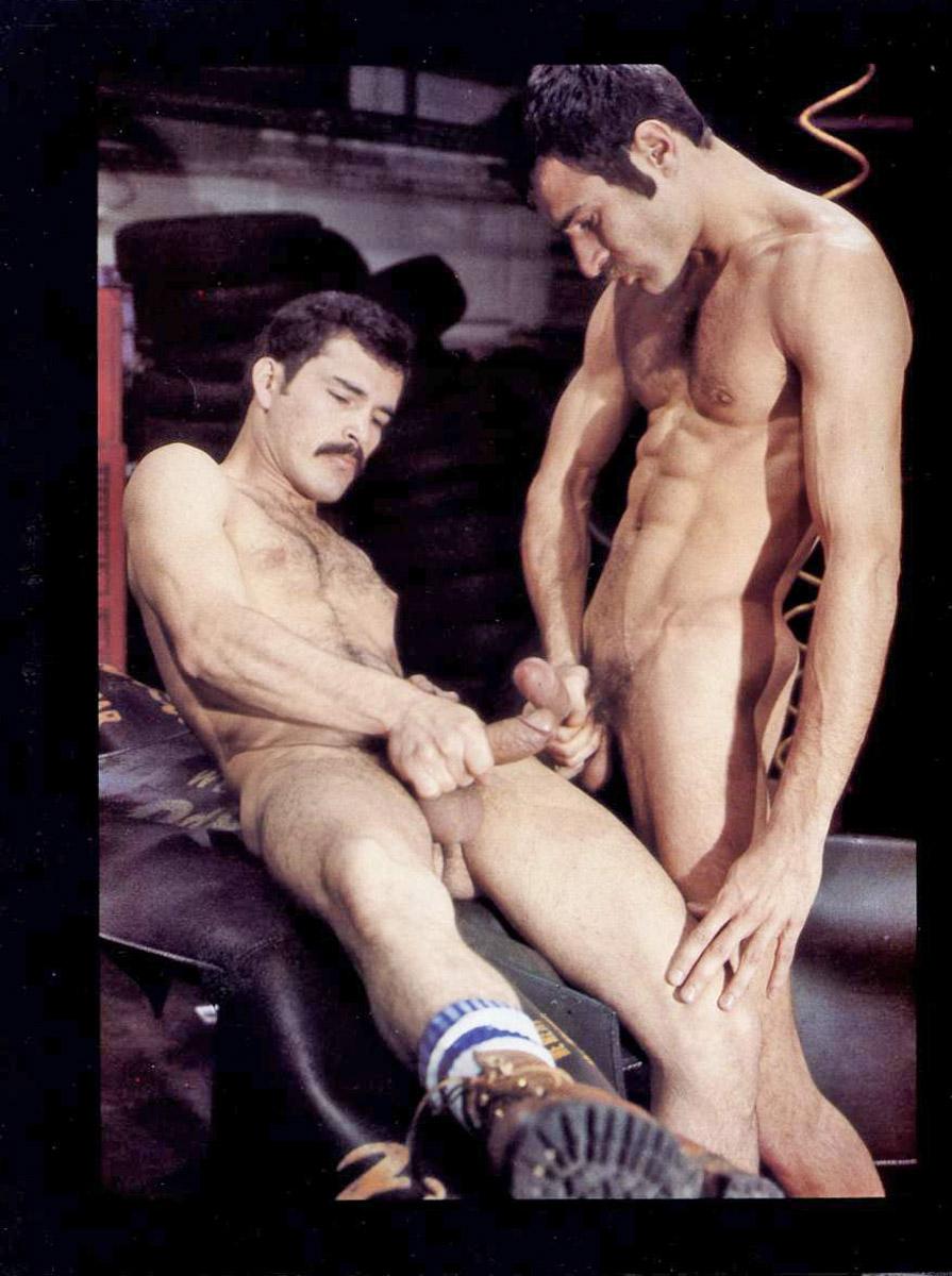 Ed Wiley Guillermo Ricardo bareback fuck Mike vintage gay hot daddy dude men porn Ticket Home