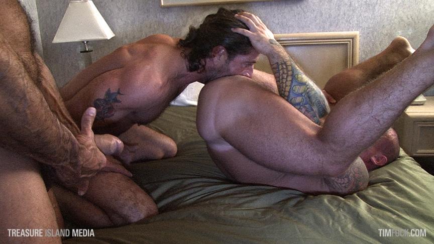 Lito Cruz Jack Allen breed Buzz Isaac gay hot daddy dude men porn TimFuck