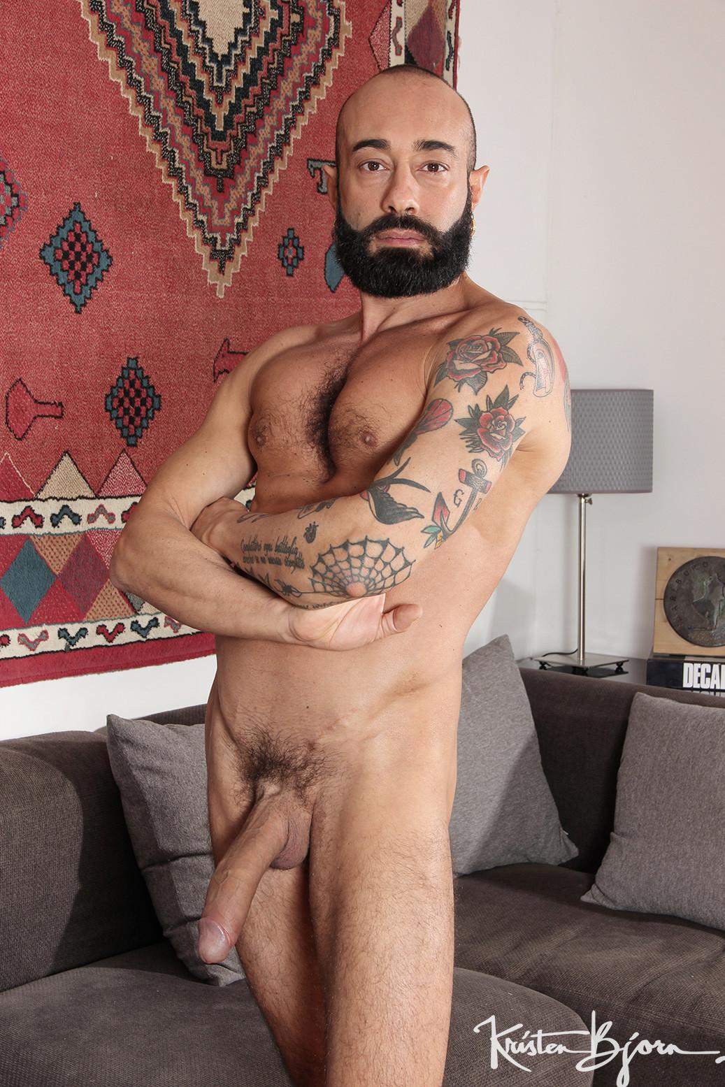 Gianni Maggio fuck Malek Tobias gay hot daddy dude men porn Nobody Like You