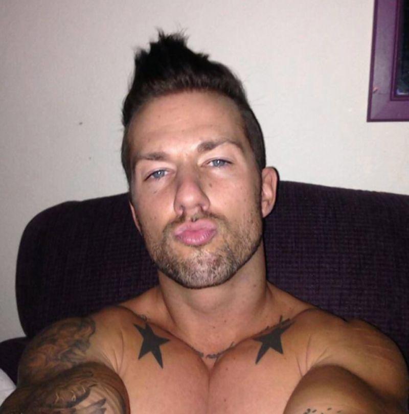 Rod Daily gay hot dude men porn