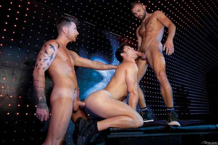 Jeffrey Lloyd Josh Moore fuck Devin Franco gay hot daddy dude men porn London Calling