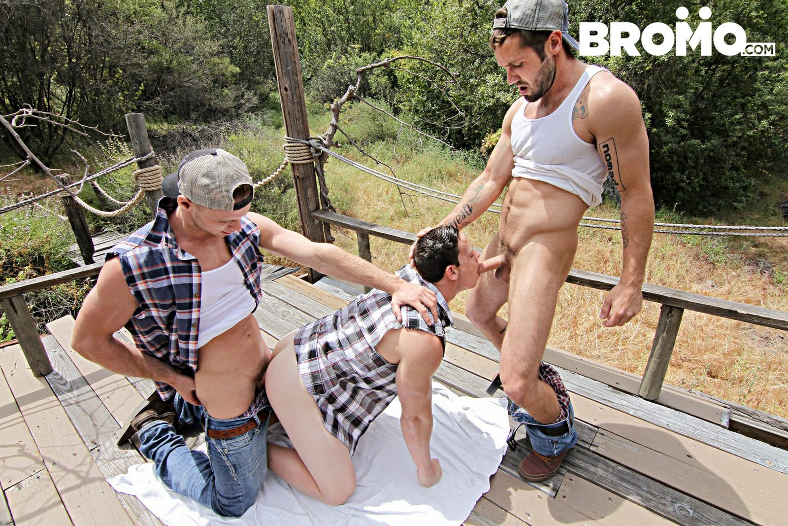Jeff Powers Brandon Evans fuck Tobias gay hot daddy dude men porn Rednecks