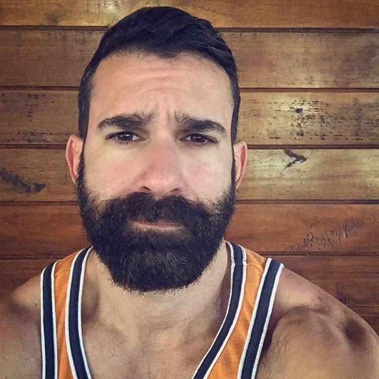 AntoniOscar (Instagram) gay hot daddy dude men beard bear