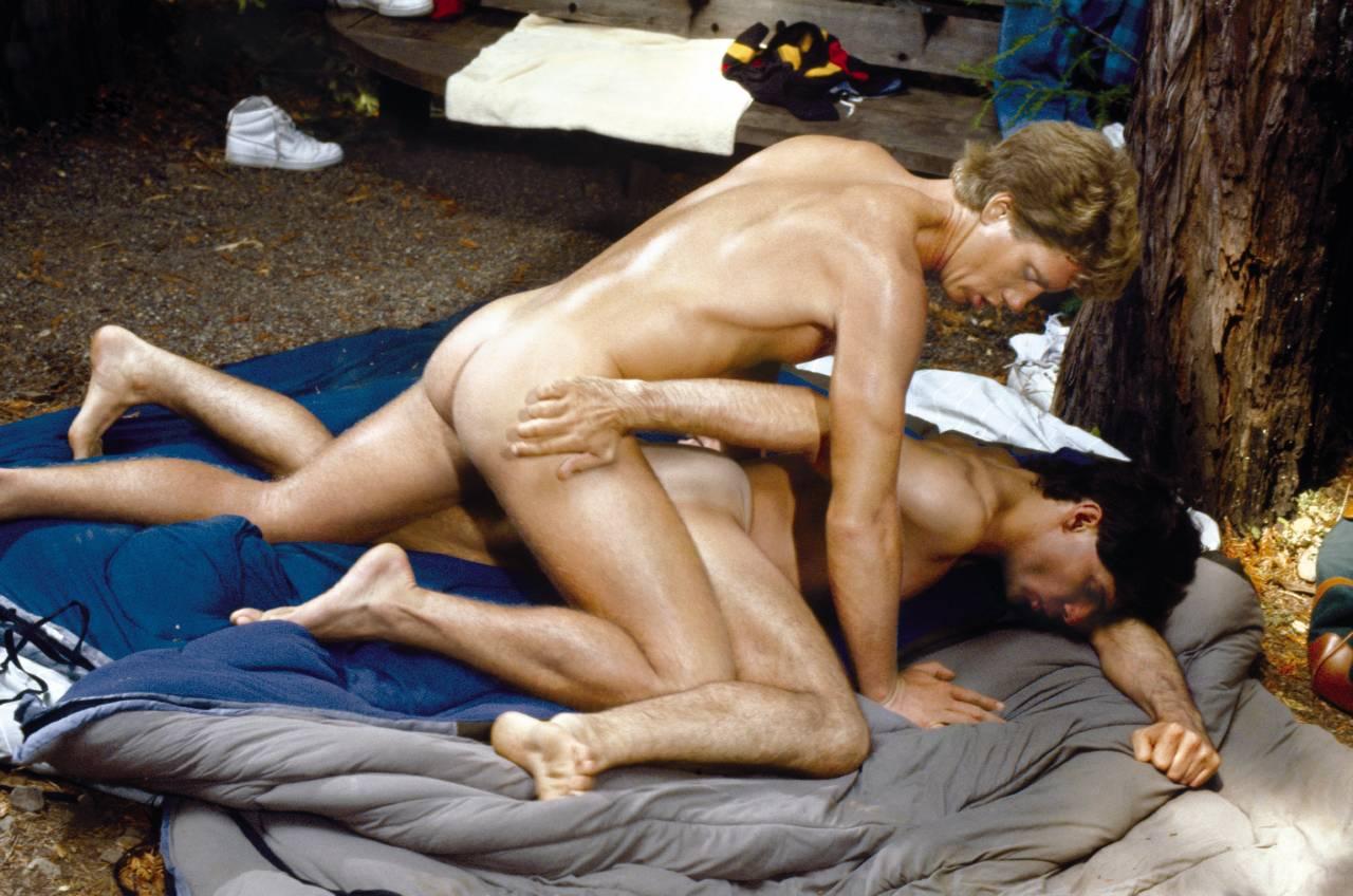 Robert Harris Tom Rucker bareback fuck Casey Jordan Jon King vintage gay hot daddy dude men porn Perfect Summer